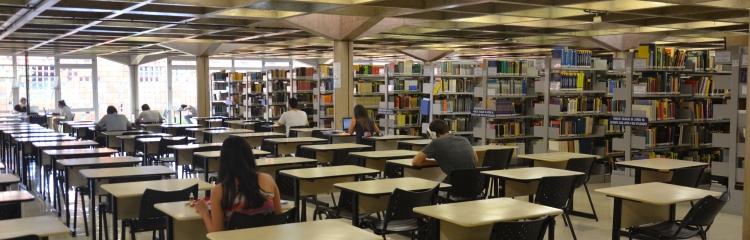 Coordenação de Atendimento ao Usuário - Biblioteca Central Santa Mônica - UFU